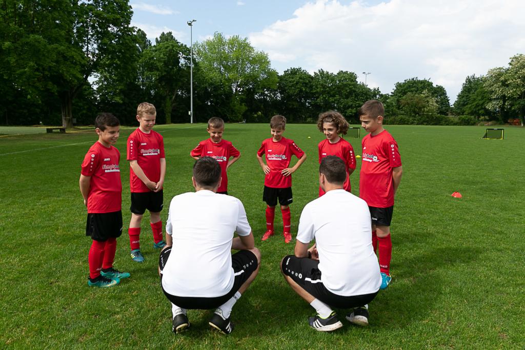 Simplyfoot Football Academy